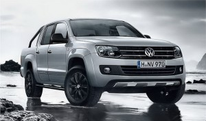 2014-Volkswagen-Amarok-Dark-Label
