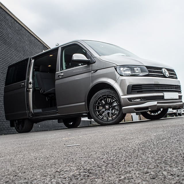 VW Transporter Kombi Lease