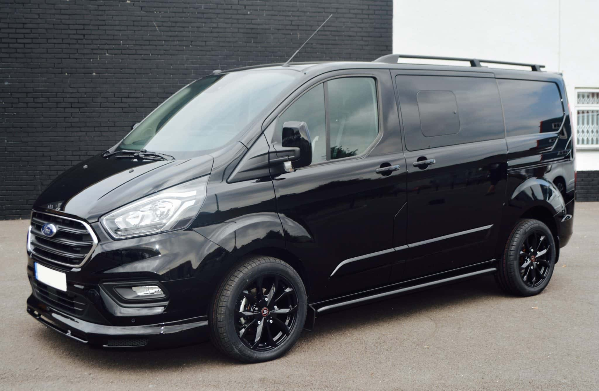 Ford transit custom wasp lwb